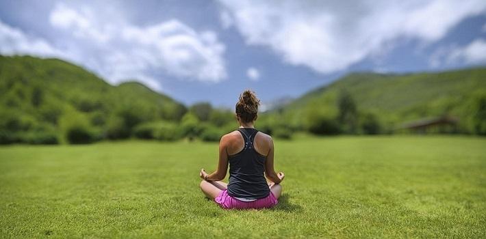 йога на поляне