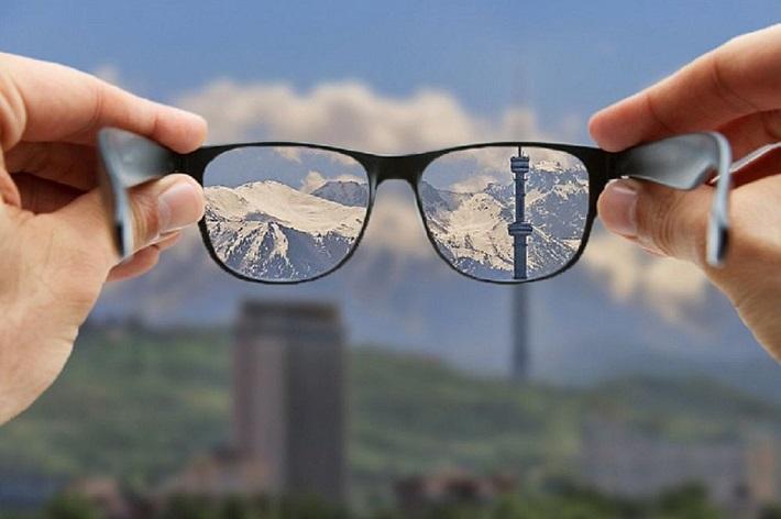слабое зрение