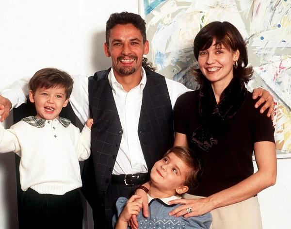 Роберто семья